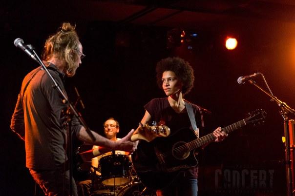Photo de Soon (pop rock) en concert à La Fabrik, Issoire